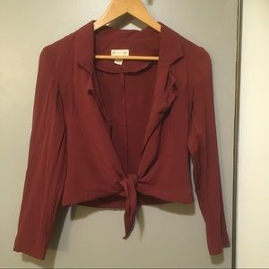 silence + noise tie front top